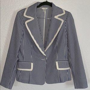 ST JOHN lightweight blazer